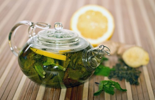 green tea with mint and lemon